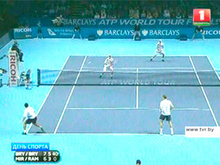 Максим Мирный вышел в третий раунд теннисного турнира Australian Open Максім Мірны выйшаў у трэці раўнд тэніснага турніру Australian Open Max Mirnyi reaches Australian Open 3rd round