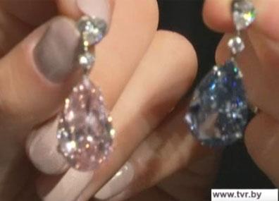 Самые дорогие серьги в мире  выставили на продажу  Самыя дарагія завушніцы ў свеце  выставілі на продаж