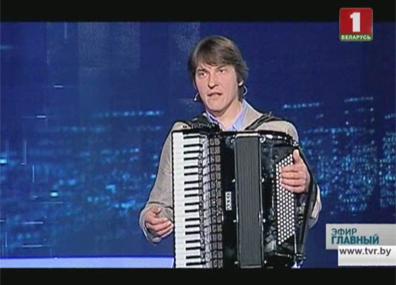 В студии аккордеонист-виртуоз Игорь  Квашевич У студыі акардэаніст-віртуоз Ігар  Квашэвіч