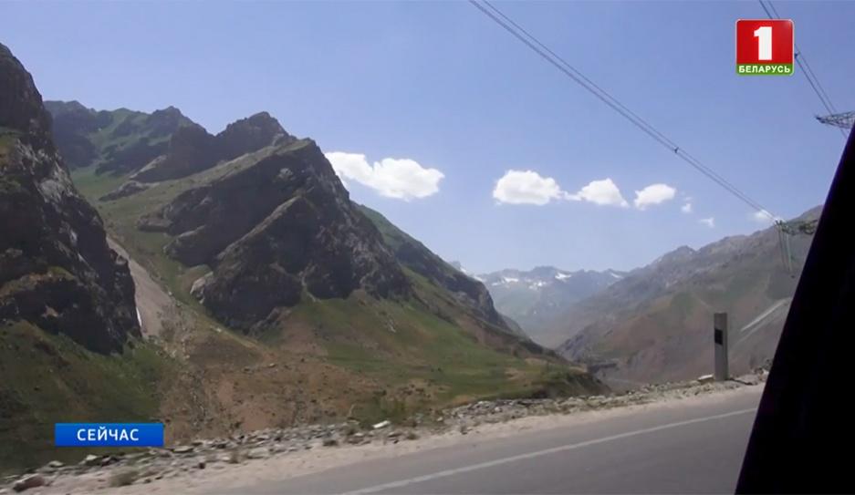 В горах Таджикистана погибли три скалолаза и два члена экипажа вертолета У гарах Таджыкістана загінулі тры скалалазы і два члены экіпажа верталёта