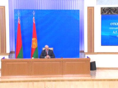 """Пресс-конференция """"Открытый диалог Президента Республики Беларусь А.Г. Лукашенко с журналистами"""" (телеверсия)"""