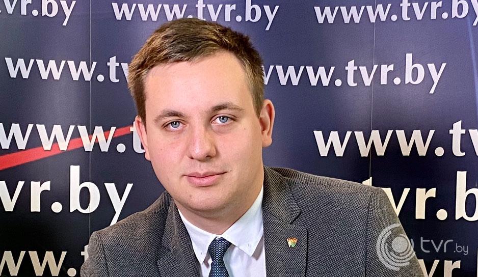 """Второй секретарь ЦК ОО """"БРСМ"""" Олег Дикун"""