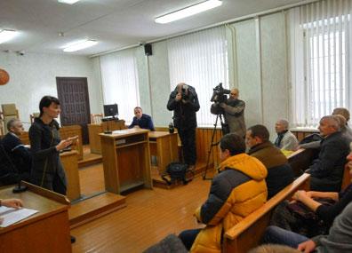 В суде Борисовского района  проходит открытое судебное разбирательство