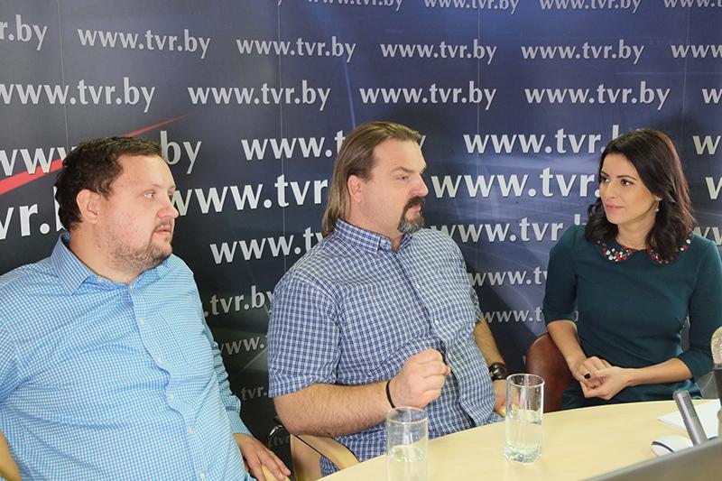 Онлайн-конференция к Международному дню повара с Александром Чикилевcким и Артемом Ракецким