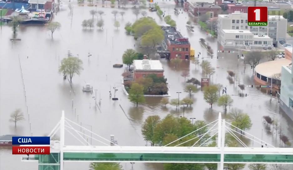 В США река Миссисипи затопила город У ЗША рака Місісіпі затапіла горад