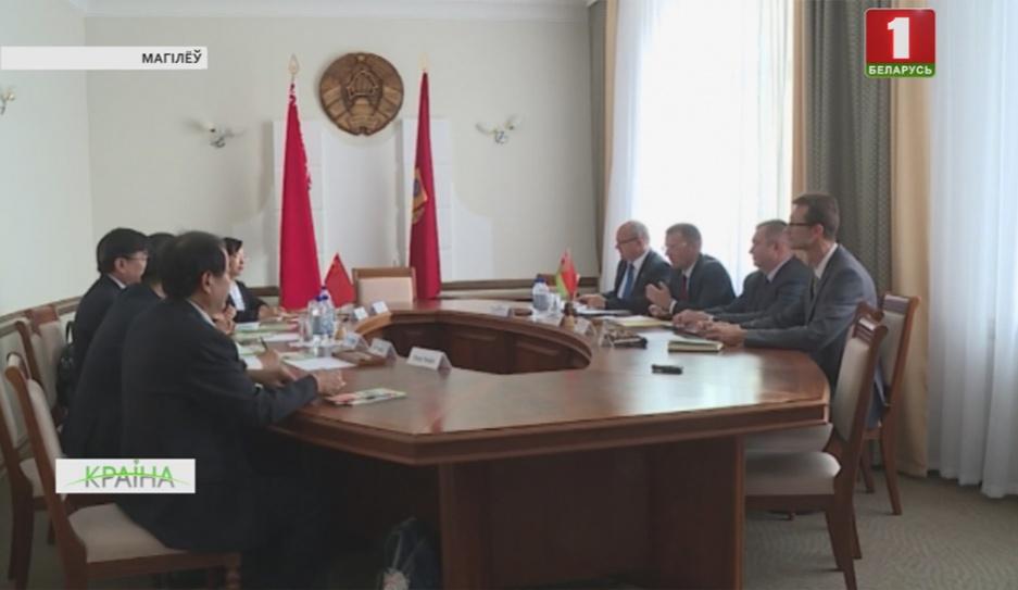 Могилев посетила делегация китайских медиков из провинции Хэнань Магілёў наведала дэлегацыя кітайскіх медыкаў з правінцыі Хэнань
