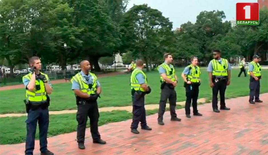 Акции за и против расизма в Вашингтоне переросли в потасовку