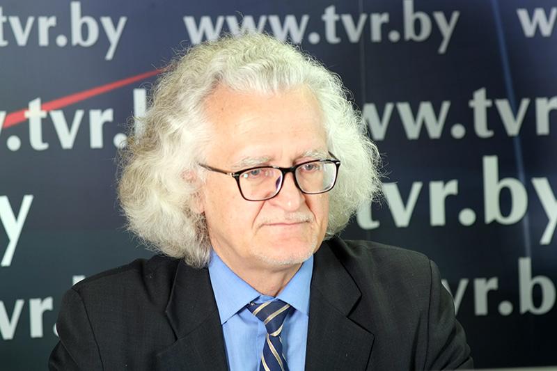 Онлайн-конференция с директором Национального художественного музея Владимиром Прокопцовым