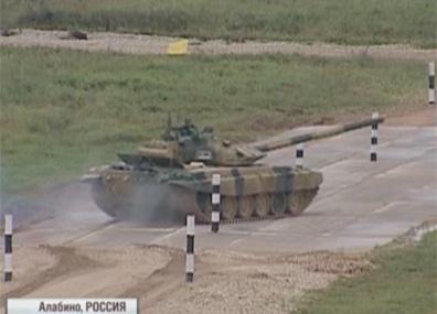 Танковый биатлон  Танкавы біятлон  3000 professionals from 20 armies of the world take part in Army Games in Russia