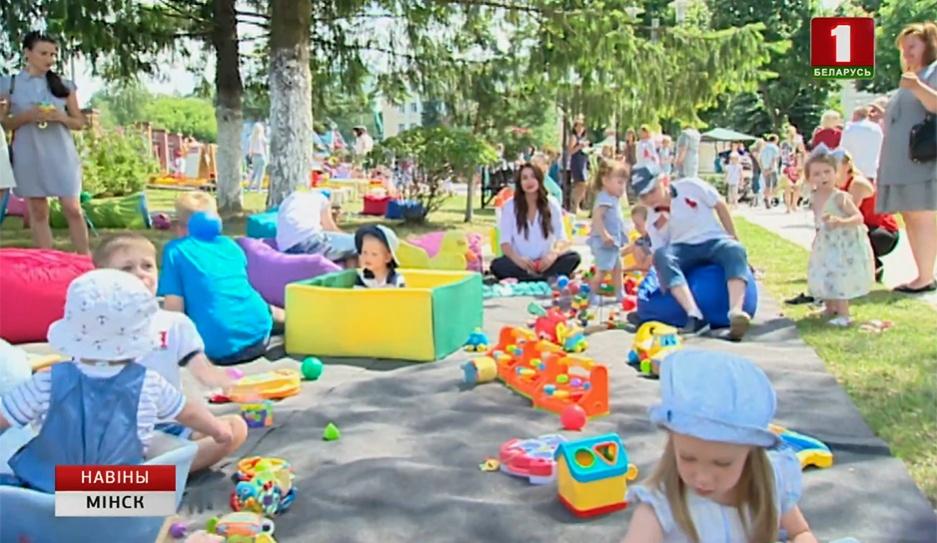 В День Независимости в белорусской столице родилось 48 малышей У Дзень Незалежнасці ў беларускай сталіцы нарадзіліся 48 немаўлят