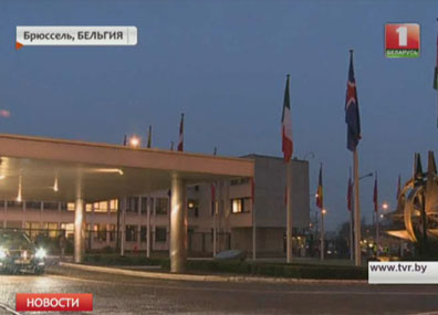 НАТО увеличит численность сил реагирования с 13 до 30 тысяч человек НАТА павялічыць колькасць сіл рэагавання з 13 да 30 тысяч чалавек