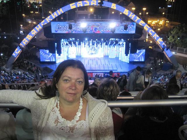 """Лилия Позняк: """"Я побывала на Славянском базаре 15.06.2016 года. Фото сделано перед концертом """"Золотой шлягер"""" около 2.00. 16.06.2016 г. """"."""