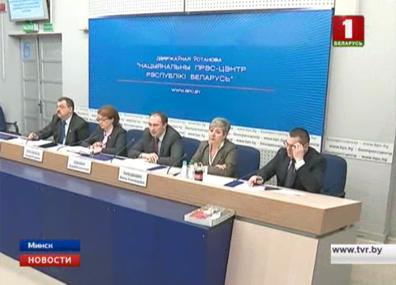 На данный момент в Минске более 11 тысяч вакансий На сённяшні дзень у Мінску больш за 11 тысяч вакансій More than 11 thousand jobs available in Minsk