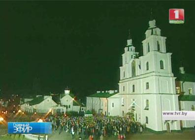 Александр Лукашенко посетил храм Рождества Пресвятой Богородицы в Орше Аляксандр Лукашэнка наведаў храм Раства Прасвятой Багародзіцы ў Оршы Alexander Lukashenko visits Church of Nativity of Blessed Virgin in Orsha