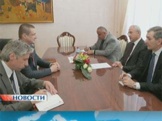 О сотрудничестве сегодня в Ереване говорили министры сельского хозяйства двух стран Аб супрацоўніцтве сёння ў Ерэване гаварылі міністры сельскай гаспадаркі дзвюх краін Ministers of agriculture talk about cooperation in Yerevan