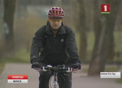 Дорожная милиция напоминает о правилах движения велолюбителей Дарожная міліцыя нагадвае аб правілах руху велааматараў