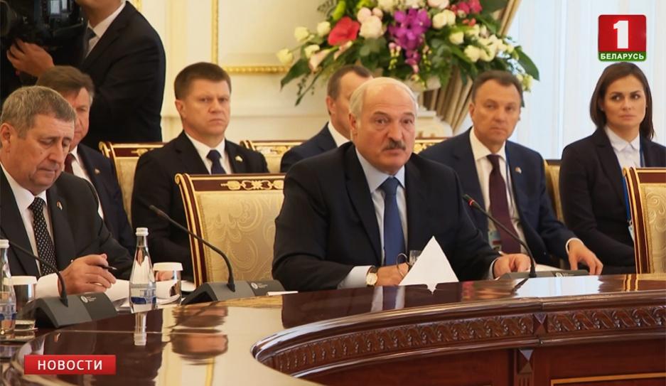 Завершился официальный визит Президента Беларуси Александра Лукашенко в Узбекистан Завяршыўся афіцыйны візіт Прэзідэнта Беларусі Аляксандра Лукашэнкі ва Узбекістан Official visit of President of Belarus Alexander Lukashenko to Uzbekistan comes to end