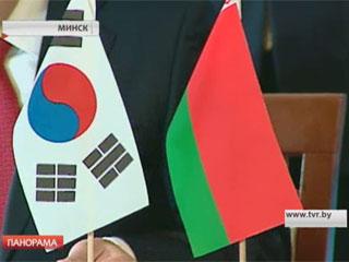 Первый Белорусско-корейский бизнес-форум насыщен конкретными предложениями Першы Беларуска-карэйскі бізнес-форум насычаны канкрэтнымі прапановамі Belarusian-Korean Business Forum opens in Minsk