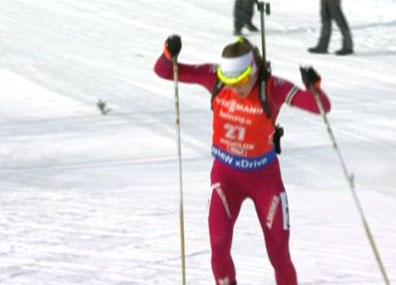 Трехкратная олимпийская чемпионка Дарья Домрачева вернулась на пьедестал  Трохразовая алімпійская чэмпіёнка Дар'я Домрачава вярнулася на п'едэстал  Three-time Olympic champion Darya Domracheva returns to biathlon podium