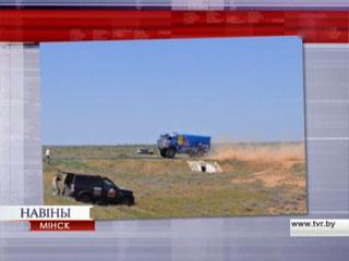 Белорусские экипажи продолжают борьбу в ралли-рейде Шелковый путь Беларускія экіпажы працягваюць барацьбу ў ралі-рэйдзе Шаўковы шлях