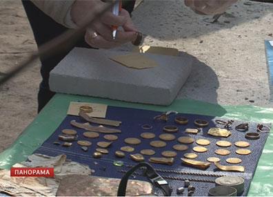 Клад обнаружили   в центре Гродно  Скарб выявілі   ў цэнтры Гродна