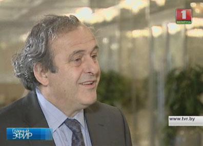 Наш эксклюзив. Интервью с Мишелем Платини Наш эксклюзіў. Інтэрв'ю з Мішэлем Плаціні Our exclusive. Interview with Michel Platini