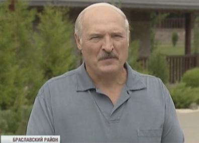 А. Лукашенко: Мы заинтересованы в безопасности нашей АЭС А. Лукашэнка: Мы зацікаўленыя ў бяспецы нашай АЭС Alexander Lukashenko studies farming technologies in Vitebsk Region