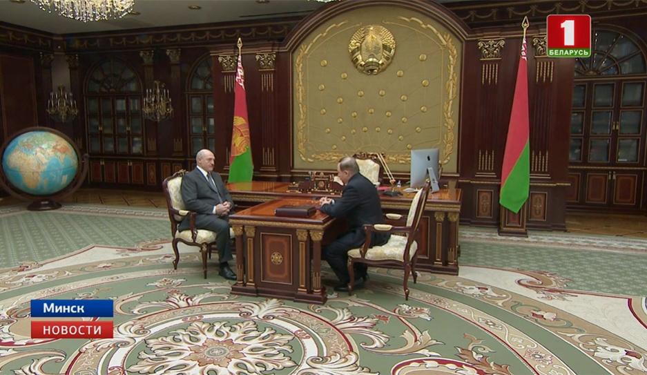 Александр Лукашенко принял с докладом управделами Президента Виктора Шеймана Аляксандр Лукашэнка прыняў з дакладам кіраўніка спраў Прэзідэнта Віктара Шэймана Viktor Sheiman, Head of Bureau for Presidential Affairs submits report to Alexander Lukashenko