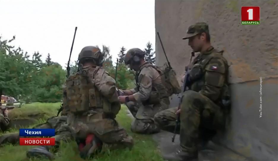 В Чехии сегодня стартуют международные военные учения Ample Strike