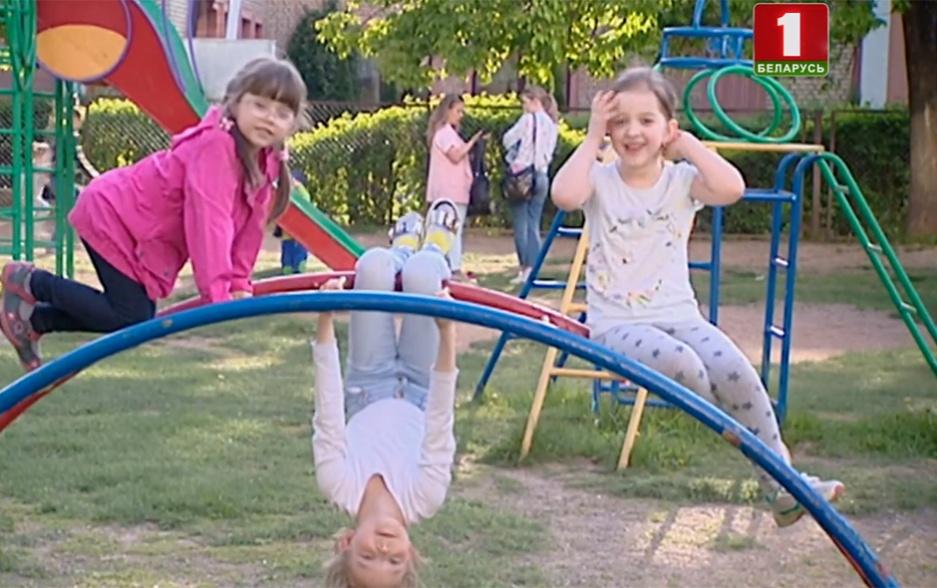 Более миллиона 680 тысяч человек до 15 лет проживает в Беларуси Больш за мільён 680 тысяч чалавек да 15 гадоў пражывае ў Беларусі або