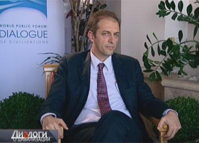 Рафаэль Маркетти - профессор политологии и международных отношений, декан факультета политических наук университета LUISS (Италия)