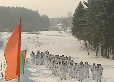 К 23 февраля  в Витебском регионе  стартовал  100-километровый марш-бросок Да 23 лютага  ў Віцебскім рэгіёне  стартаваў  100-кіламетровы марш-кідок 100 km ski race timed to February 23 starts in  Vitebsk Region