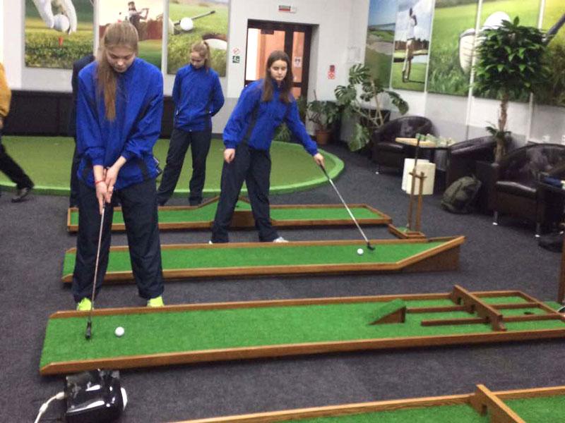 В мини-гольф теперь можно играть и на полях в Гродно