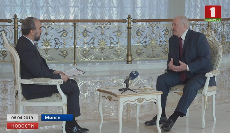 Президент Беларуси завтра совершит официальный визит в Турцию