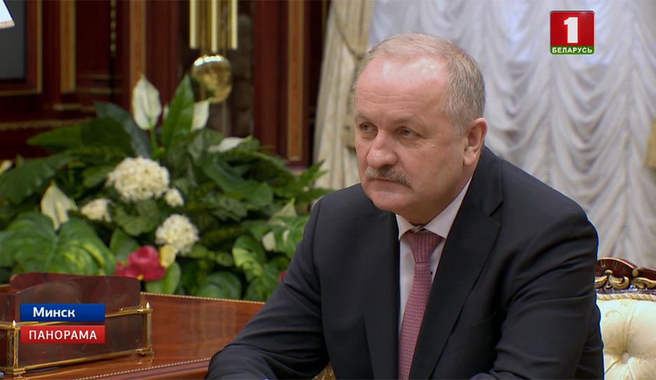 Встреча Главы государства с председателем правления Нацбанка Павлом Каллауром