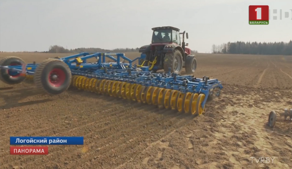 Главе государства в реальных полевых условиях сегодня показали экспериментальную модель трактора