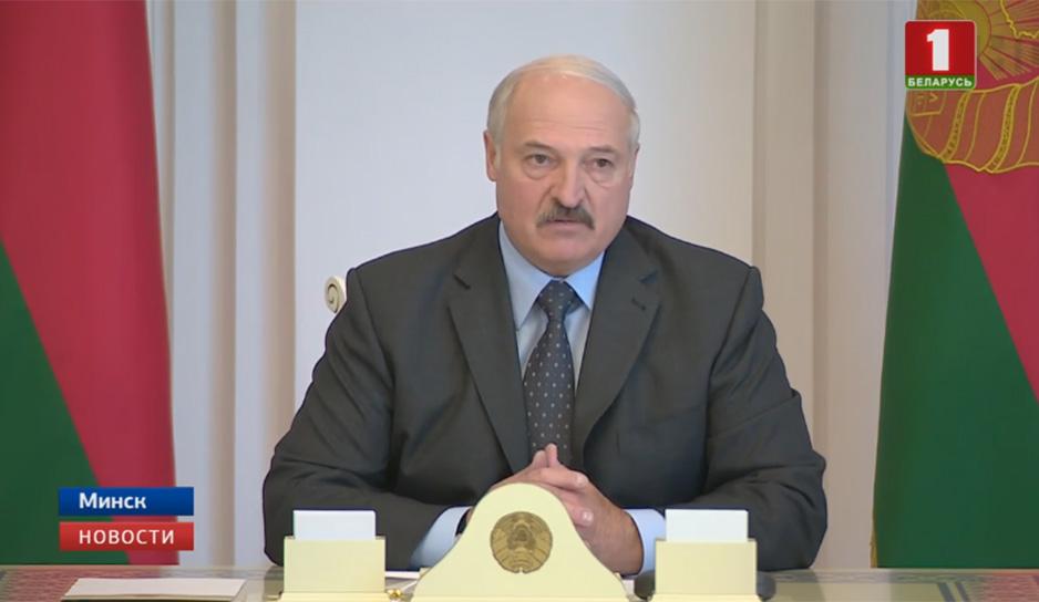 Президент проводит комплексное совещание с экономическим блоком правительства
