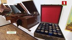 В минском Музее звукозаписи собрано более 80 фонографов, граммофонов, патефонов У мінскім Музеі гуказапісу сабрана больш за 80 фанографаў, грамафонаў, патэфонаў