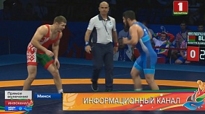 Во Дворце спорта разыгрываются медали у борцов вольного и греко-римского стиля