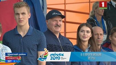 Президент восхитился достижением гребцов. Белорусский гимн звучал в Заславле четыре раза за день