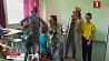 Команда клоунов навещает маленьких пациентов в больницах, центрах реабилитации и детских домах Каманда клоўнаў наведвае маленькіх пацыентаў у бальніцах, цэнтрах рэабілітацыі і дзіцячых дамах