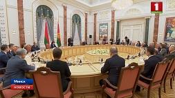 А. Лукашенко: Наука должна вносить свой вклад  в достижение государственных стратегических целей А. Лукашэнка: Навука павінна ўносіць свой уклад  у дасягненне дзяржаўных стратэгічных мэт