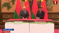 Развитие сотрудничества при особом доверии: переговоры Александра Лукашенко и Си Цзиньпина Развіццё супрацоўніцтва пры асаблівым даверы: перамовы Аляксандра Лукашэнкі і Сі Цзіньпіна Development of cooperation with special trust: talks held between Alexander Lukashenko and Xi Jinping