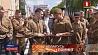 В  центре Минска воссоздали первое послевоенное шествие партизан У  цэнтры Мінска ўзнавілі першае пасляваеннае шэсце партызан