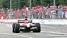 Болиды Формулы-1 у стен Кремля Баліды Формулы-1 ля сценаў Крамля