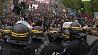 Первомайские демонстрации в Париже завершились беспорядками и столкновениями с полицией Першамайскія дэманстрацыі ў Парыжы завяршыліся беспарадкамі і сутыкненнямі з паліцыяй