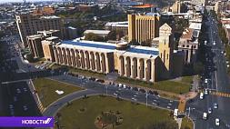Президент Беларуси сегодня с двухдневным рабочим визитом отправляется в Армению Прэзідэнт Беларусі сёння з двухдзённым рабочым візітам адпраўляецца ў Арменію President of Belarus leaves for Armenia on two-day working visit