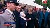 На торжестве в Париже Ангелу Меркель перепутали с первой леди Франции На ўрачыстасці ў Парыжы Ангелу Меркель пераблыталі з першай лэдзі Францыі