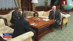 Александр Лукашенко встретился с депутатом Европарламента Роландасом Паксасом Аляксандр Лукашэнка сустрэўся з дэпутатам Еўрапарламента Раландасам Паксасам Alexander Lukashenko meets with MEP Rolandas Paksas