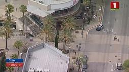 Один человек ранен во время стрельбы в торговом центре в США Адзін чалавек паранены падчас стральбы ў гандлёвым цэнтры ў ЗША